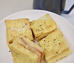 花生酱火腿鸡蛋西多士早午餐的做法
