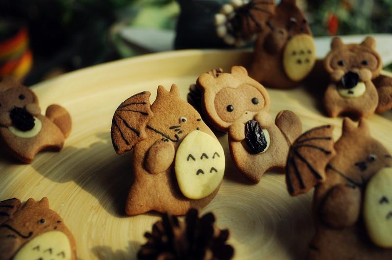 萌坏的小浣熊&龙猫饼干#甜蜜厨神