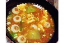 秋季鸡蛋黄瓜西红柿鱼丸快速简汤的做法