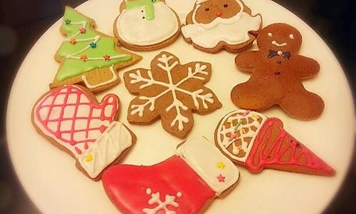 姜饼人及圣诞饼干的做法