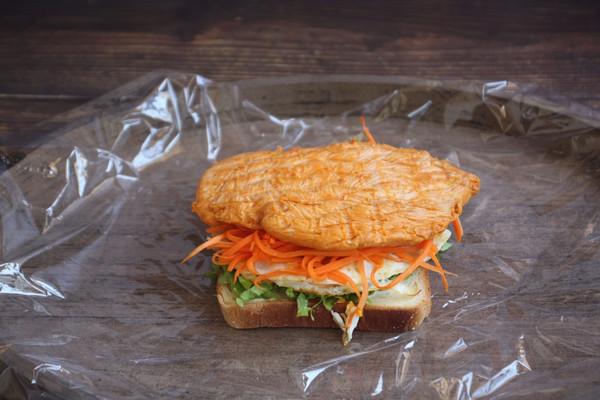 #带着美食去踏青#蒸烤鸡胸肉三明治