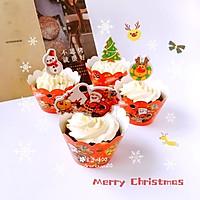 """""""圣诞风""""巧克力杯子蛋糕#不思烤就很好#"""