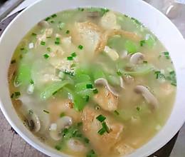 丝瓜口蘑煎蛋汤的做法