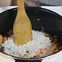 香菇鸡胸肉焖饭的做法图解5