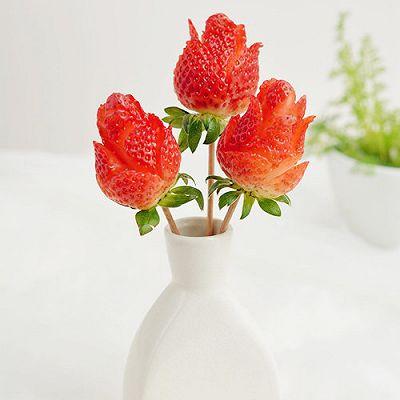 草莓玫瑰花——让草莓一分钟变玫瑰