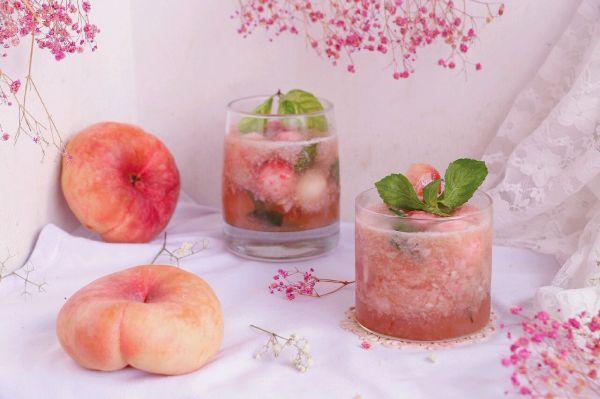 蜜桃清凉苏打水的做法