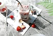 草莓奶茶的做法