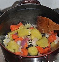 红烧土豆牛腩的做法图解5