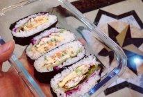 饭团寿司厚蛋烧鸡胸肉吧啦吧啦…的做法