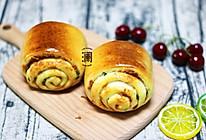 香葱肉松面包卷,好吃停不下来(面包机+烤箱)的做法