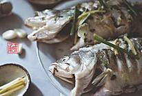"""清蒸鲈鱼——独家传授""""鲜氧""""秘诀的做法"""