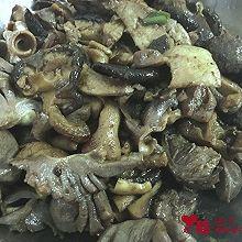 冬菇炒鸡杂