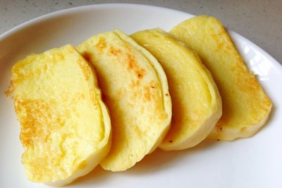 蛋香煎馒头片