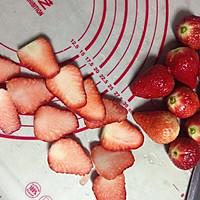 草莓慕斯蛋糕的做法图解4