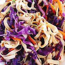 #美食视频挑战赛#凉拌紫甘蓝豆皮