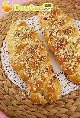 虎年面包第一烤——淡奶油葡萄干辫子面包