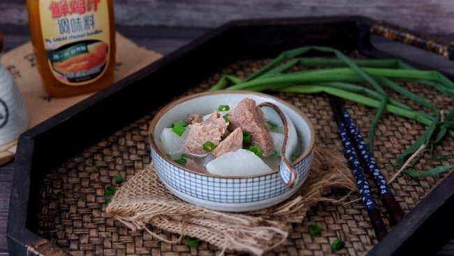 白萝卜牛肉汤#太太乐鲜鸡汁蒸鸡原汤#的做法