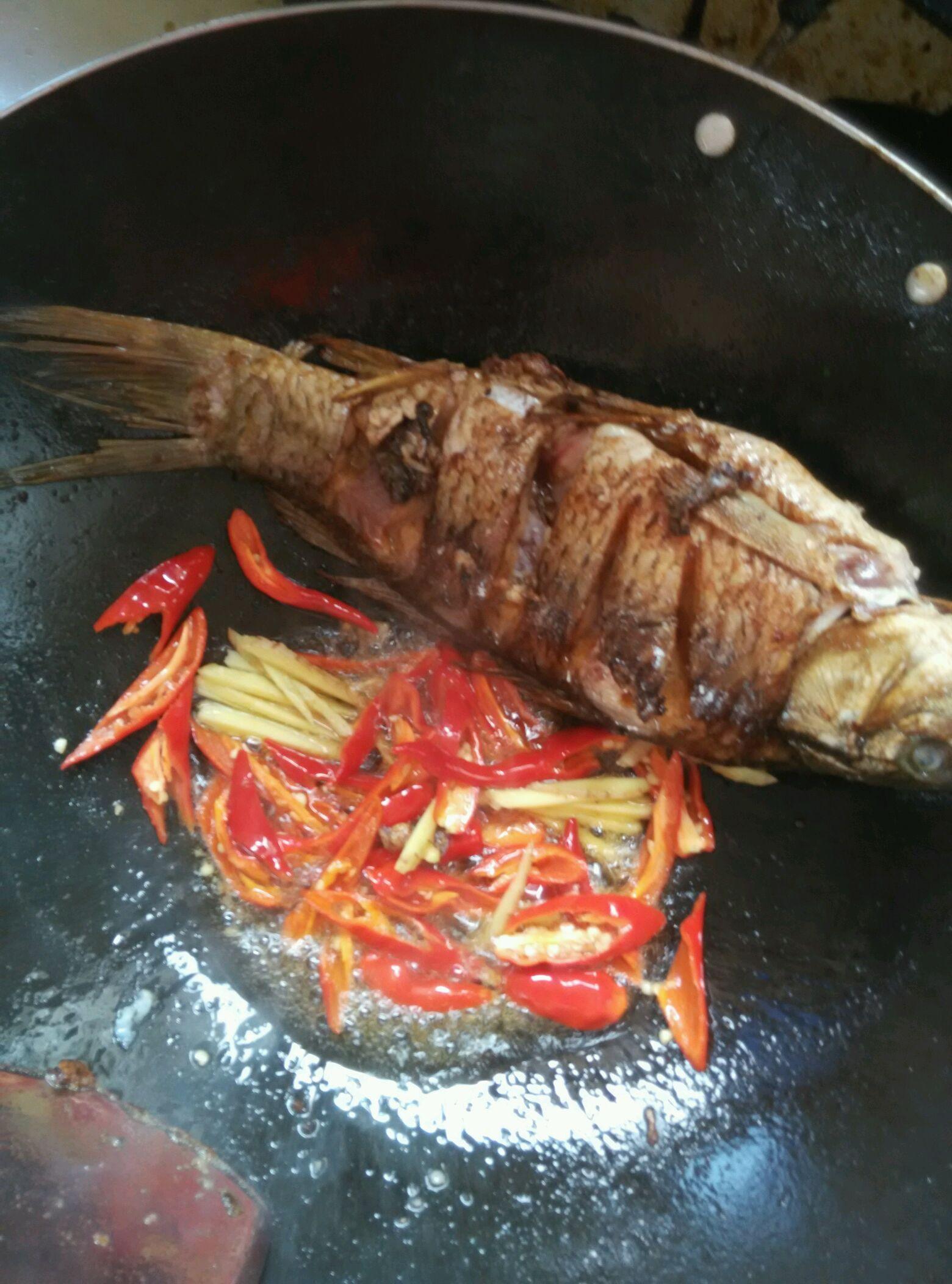 红烧鱼#我要上首页图解家常菜#的做法挑战5打完针能吃大闸蟹图片