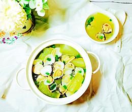 #合理膳食 营养健康进家庭#清热解暑白贝节瓜汤的做法