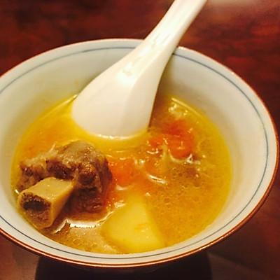长劲营养汤-西红柿土豆炖牛尾