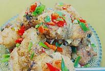 炸出来的美味——酥脆蒜香椒盐鸡翅的做法
