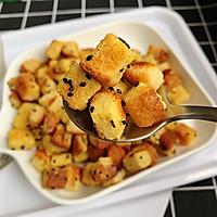 #花10分钟,做一道菜!#香烤吐司丁的做法图解9