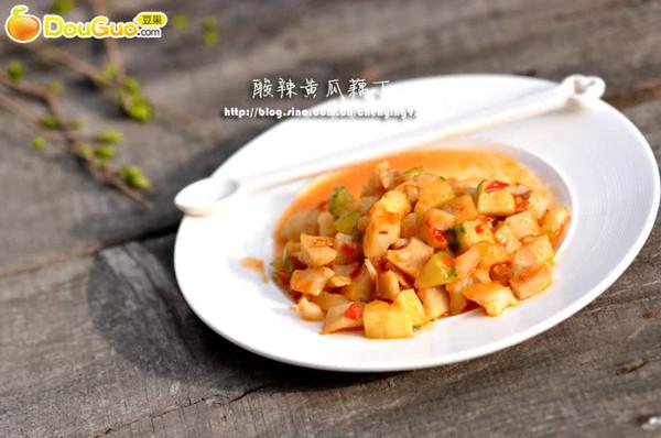 最馋人的下饭菜:酸辣黄瓜藕丁的做法