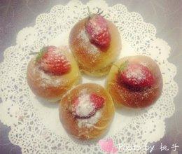 软糯香甜的草莓面包的做法