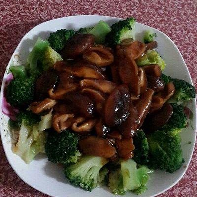 香菇素炒西兰花