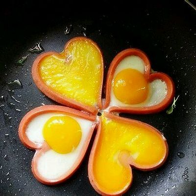 爱心鸡蛋火腿肠