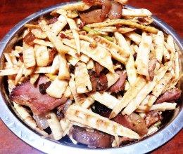 野山笋炒腊肉的做法