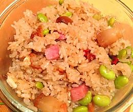 腊肉青豆糯米饭的做法