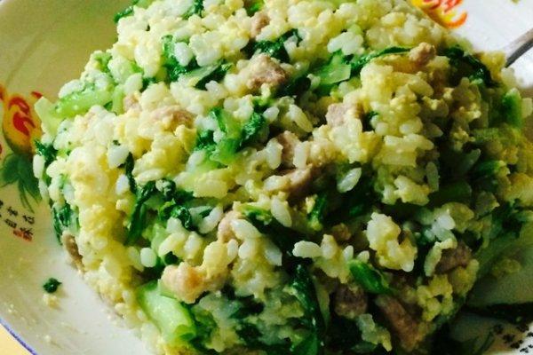 小青菜蛋炒饭