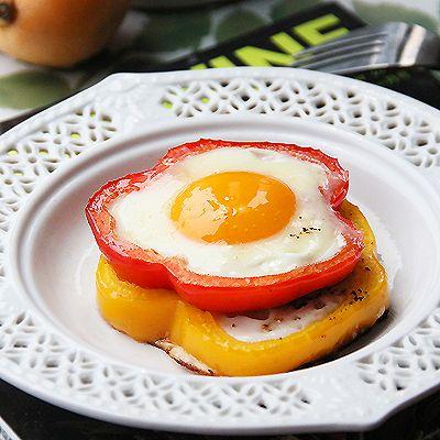 彩椒圈太阳花煎蛋