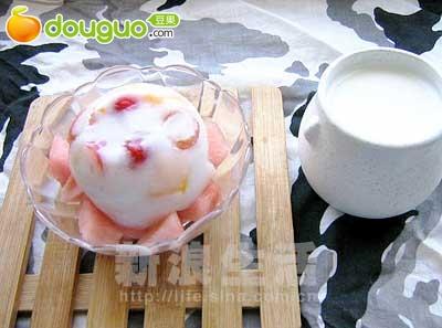 芒果樱桃果冻的做法