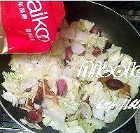 家常小炒圆白菜的做法图解7