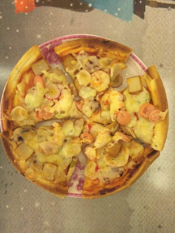 超简单海鲜至尊披萨的做法