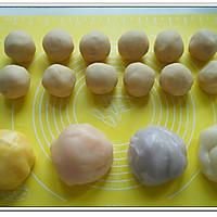 白豆沙蛋黄冰皮月饼的做法图解2