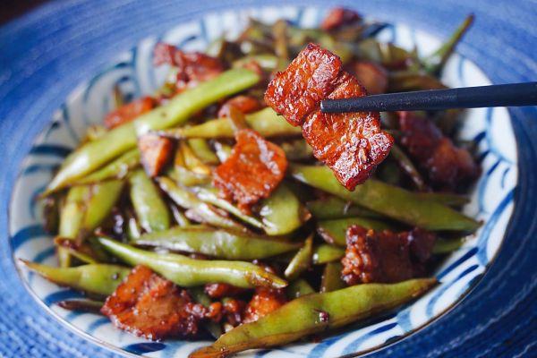豆角小炒肉的做法