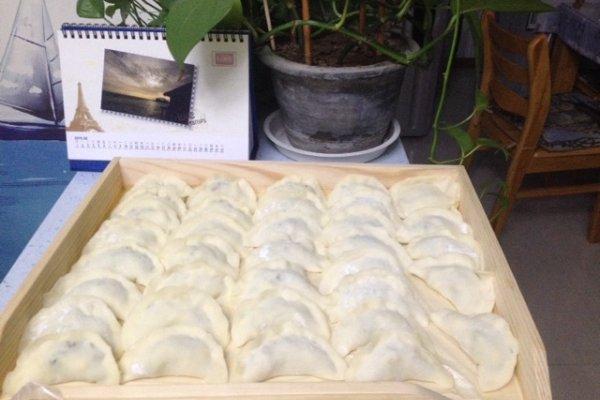 黄瓜鸡蛋虾仁饺子的做法