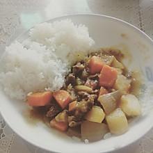 日式咖喱土豆炖牛肉