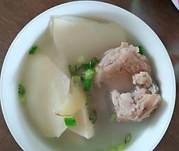 骨头竹笋汤的做法