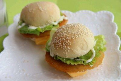 营养早餐 芝士鸡腿汉堡
