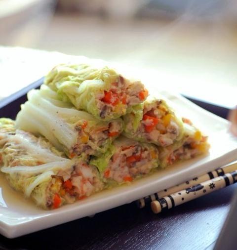 三鲜白菜卷的做法