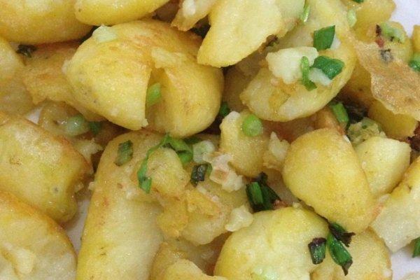 锅贴土豆的做法