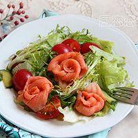 三文鱼蔬菜沙拉#丘比轻食厨艺大比拼#