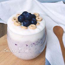 快手早餐杯下午茶甜品—蓝莓思慕雪