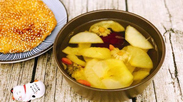【Tina私厨】苹果桂圆红枣甜汤