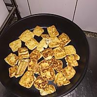 白玉镶金之煎嫩豆腐的做法图解5