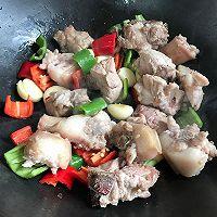 家常下饭小炒 蒜香焖猪尾-满满的骨胶原的做法图解6